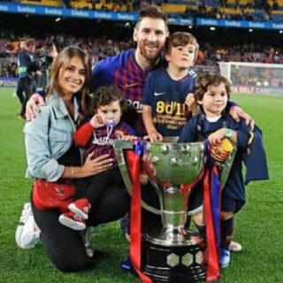 WE-ARE-BARCA-FAMILY
